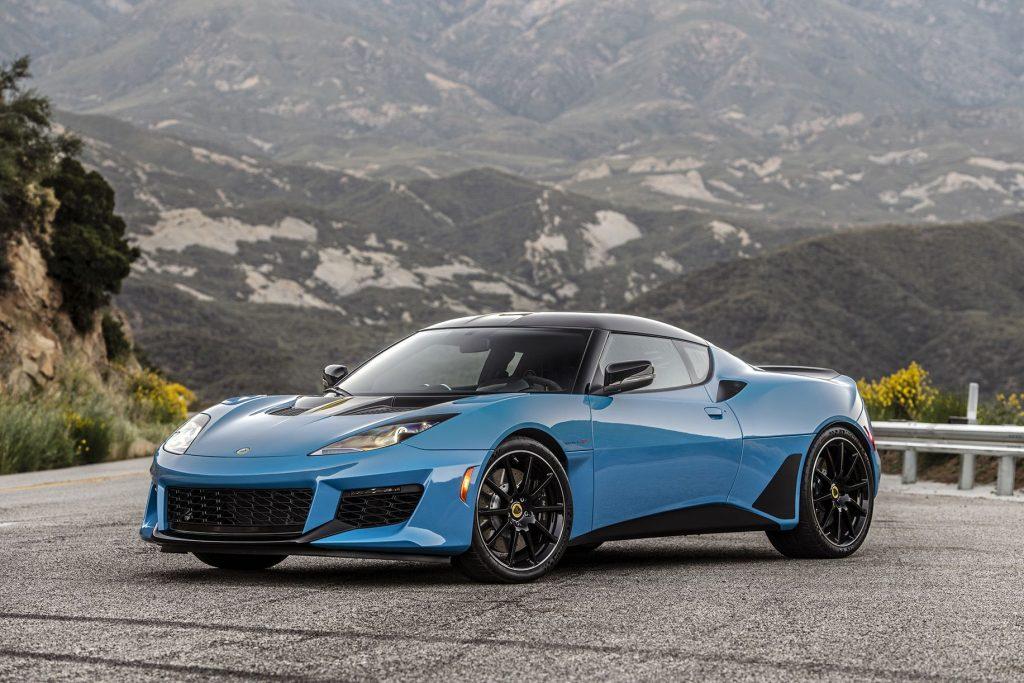 Xe thể thao Lamborghini với hộp số sàn